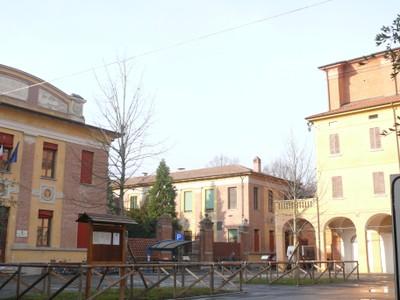 Piazza Carducci ed il Chiostro